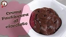crema pasticcera densa crema pasticcera al cioccolato densa per torta in pasta di zucchero e cake design youtube