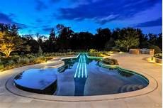 swimmingpool luxus im eigenen der luxus pool n 252 tzliche tipps f 252 r den erstk 228 ufer