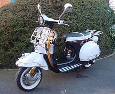Ajs Modena 125 Retro Vespa Style Scooter New Fully Automatic