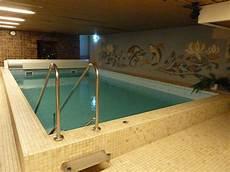 Quot Schwimmbad Im Keller Quot Hotel Pohl Zum Rosenberg Kinheim