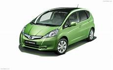 Honda Jazz Hybrid 2011 Widescreen Car Picture 01