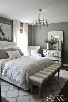 Bedroom Decor Ideas With Grey Walls by How To Go Glamorous With Gray In Your Guest Bedroom