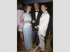 has ghislaine maxwell been charged