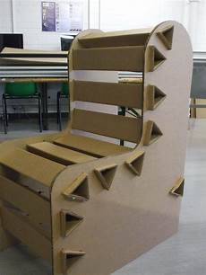 cardboard chair zoemartinez3