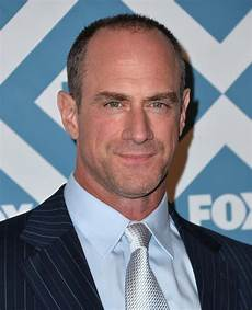 Christopher Meloni Law Order Svu Christopher Meloni Returns Season 22