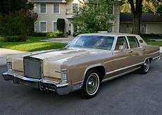 Lincoln Continental 4 - all american classic cars 1978 lincoln continental town
