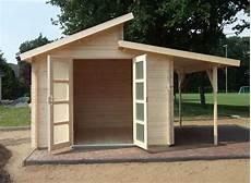 Geräteschuppen Pultdach Selber Bauen - naturholz pultdach gartenhaus gartenhaus mit pultdach