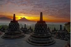 Kegiatan Di Candi Borobudur Sofyanqu S