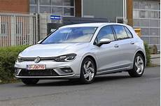 vw golf 8 in hybride gte bijna naakt vroom be