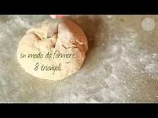 pane fatto in casa senza lievito come fare il pane senza lievito ricette di pane