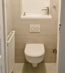 montage toilette suspendu deco wc suspendu bois
