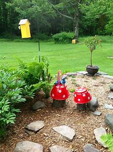 flower pot mushrooms on tree stumps flower crafts