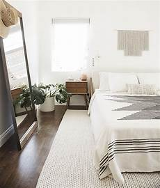 Interior Home Decor Ideas Bedroom by 5 Beautiful Minimalist Bedrooms 204 Park
