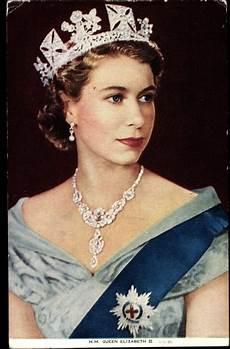 königin elisabeth 2 elizabeth ii jewellery elizabeth ii photo