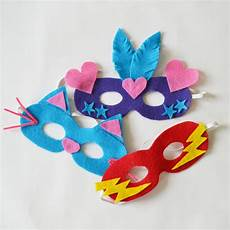 make easy diy dress up masks from felt