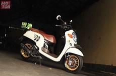 Variasi Scoopy 2018 by Dimodifikasi Bergaya Thailook Honda Scoopy Ini Ogah Pakai