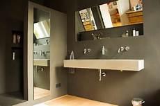 Fugenlose B 228 Der In Wasserfestem Putz Modern Badezimmer