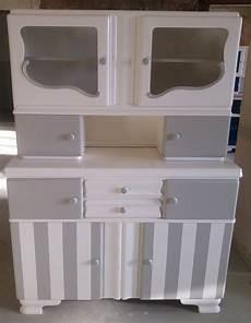 Weisse Möbel Auf Alt Gemacht - pin aemilianus laterna auf kuch kitchen buffet