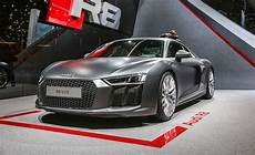 2016 audi r8 photos and info news car and driver