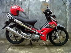 Modifikasi Motor Smash 2005 by Suzuki Smash Modifikasi Racing Thecitycyclist