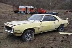 muscle cars in barns fields and elsewhere amcarguide