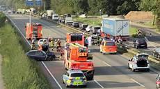 Vollsperrung A3 Heute - a3 kreuz hilden vollsperrung nach schwerem unfall 9 km