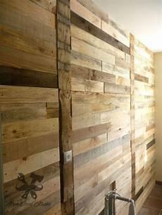 Mur De Palette R 233 Alis 233 Par Ironwoodstache Dans Une Salle