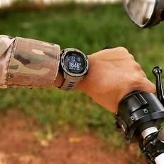 Jam Tangan Dengan Gps Yang Tangguh Dibuat Untuk Menahan