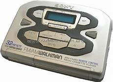 Fm Am Walkman Radio Cassette Player Wm Fx493 Radio Sony Corp