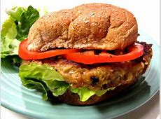 the farm cafe's farmhouse veggie burger_image