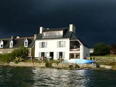 location maison pied dans l eau bretagne ventana
