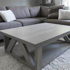 Esstisch Grau Gebeizt - find more solid wood coffee table stained in a warm light