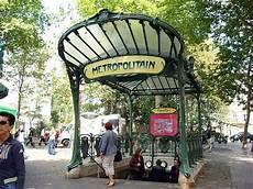 bouche de métro metro entry f 169 parisblogger urbanplanet