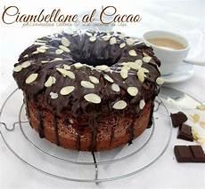 dolci da credenza ciambellone al cacao dolce da credenza soffice glassato