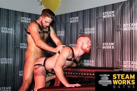 Gay Porn Live