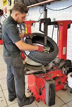 supermarché du pneu nimes montage pneumatique pneus neufs et occasions 224 prix discount sur n 238 mes al 232 s supermarch 233 du