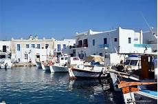 parois de photo naoussa paros island greece