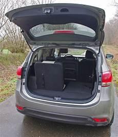 Biltest Kia Carens 1 7 Crdi 136 Hk Premium Pr 248 Vek 248 Rsel