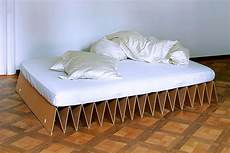 itbed cardboard bed 1 thecoolist the modern design