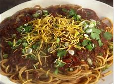 cowboy spaghetti with cheese sauce   rachael ray_image