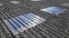 toit en fibrociment remplacement de translucides sur toiture fibro amiante
