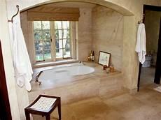 altes bad dekorieren world bathrooms hgtv