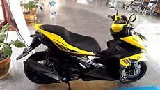 Aerox Kuning Modif by Lebih Dekat Dengan Yamaha Aerox 155 Vva Versi Standar