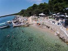 kroatien sandstrand cing beaches island of rab croatia hotel tamaris