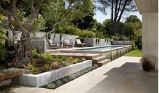 terrasse mit hang terrasse am hang praktisch und modern gestalten 10 tolle