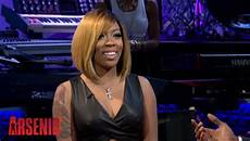 k michelle shows off new blonde bob haircut the style