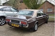 24 400 1977 ford granada ghia