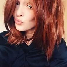couleur auburn acajou 1001 variantes de la couleur auburn pour vos cheveux
