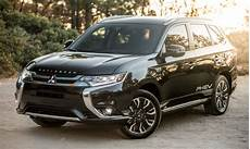 2019 Mitsubishi Outlander In Hybrid Brings