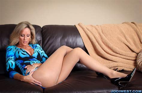 Jenny Scordamaglia Kitchen Nude